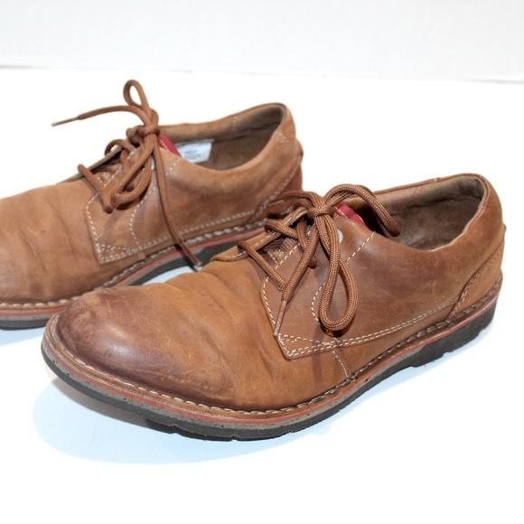 Clarks Shoes   Edgewick Plain Oxford